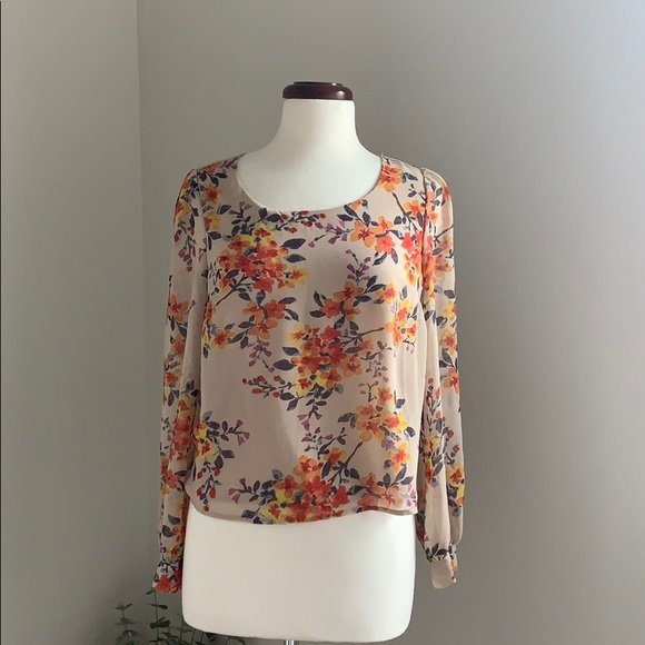 one clothing Tops - Floral long sleeve blouse